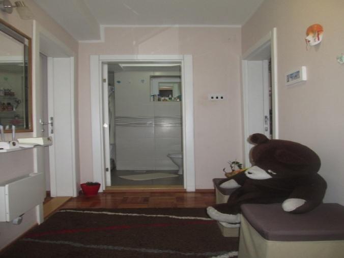 Cuprija, Pomoravlje, Srbija, Spavaće sobe, ,1 KupatiloBathrooms,Stan,Na prodaju,1352